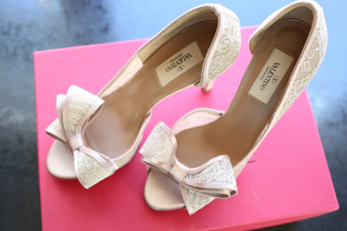 ohmybonbon-valentino-couture-bow-d'orsay-lace-pumps-blush-1